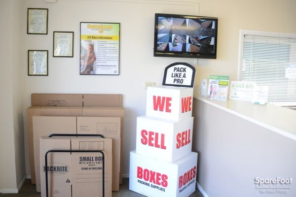 Great Value Storage - Nellis - Photo 9