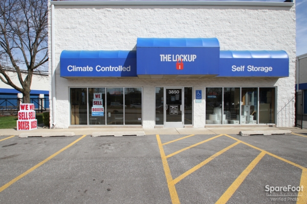 The Lock Up Storage Centers - Lincolnwood - Photo 1