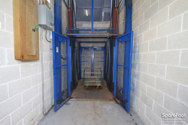 The Lock Up Storage Centers - Lincolnwood - Photo 8
