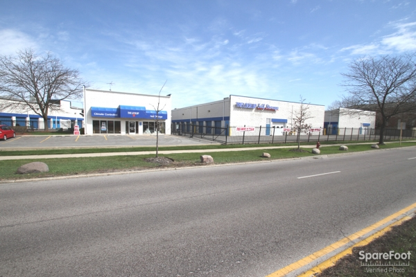 The Lock Up Storage Centers - Lincolnwood - Photo 16