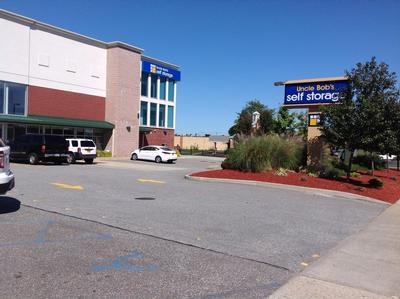 Uncle Bob's Self Storage - Deer Park - Grand Blvd - Photo 1