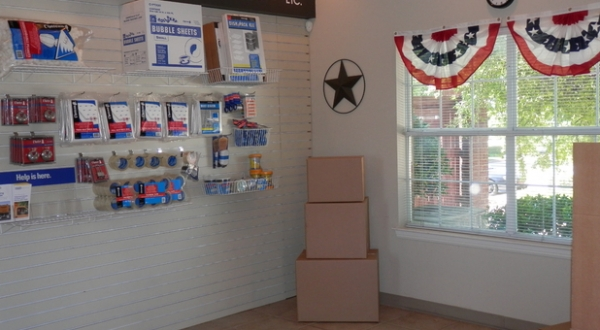 American Mini Storage - Lake Worth - Photo 4