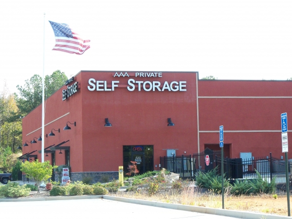 AAA Private Self Storage - 970 Hays Mill Rd, Carrollton GA 30117 - Storefront