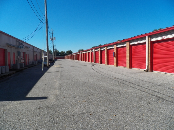 Devon Self Storage - Shelby - Photo 3