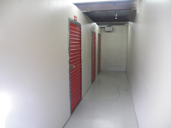 Devon Self Storage - Winchester - Photo 3