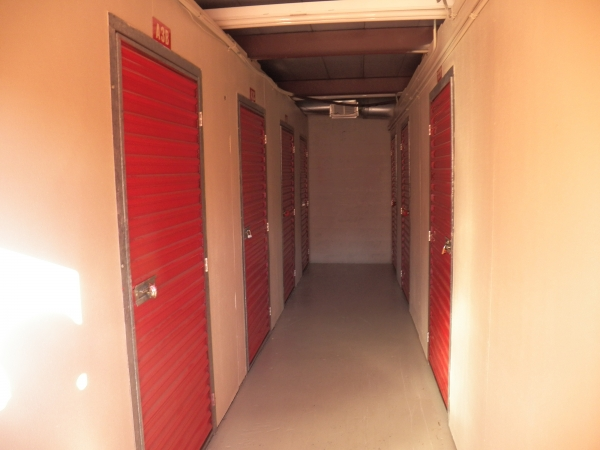 Devon Self Storage - Winchester - Photo 4