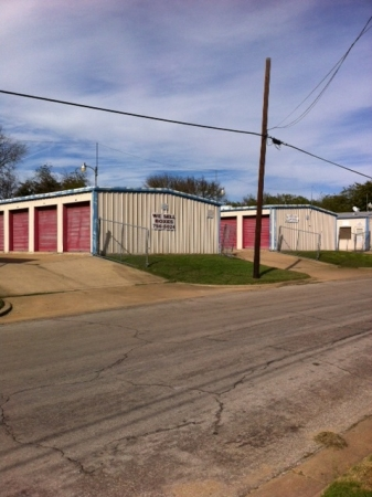 Tri Star Self Storage - Clark Ave - Photo 2