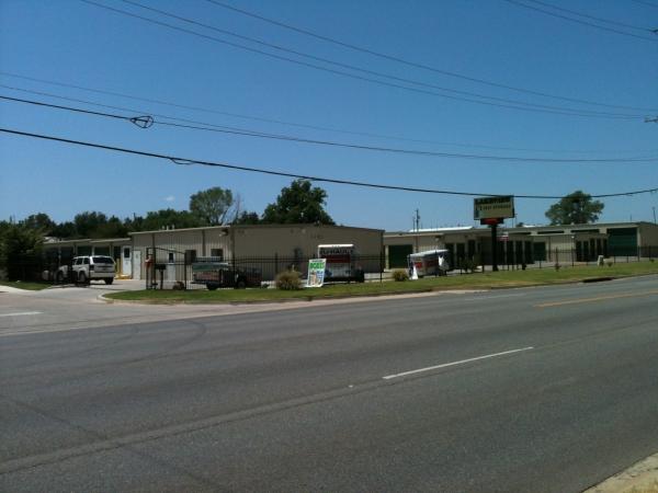 Lakeview Self Storage, LLC - Photo 6