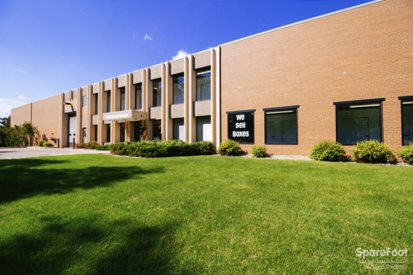 Central Self Storage - Bloomington - Photo 3