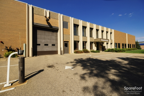Central Self Storage - Bloomington - Photo 4