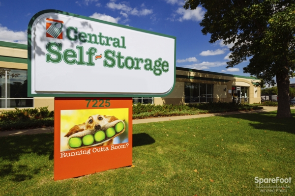 Central Self Storage - Edina - Photo 2