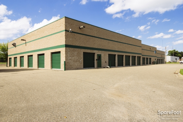 Central Self Storage - Edina - Photo 5