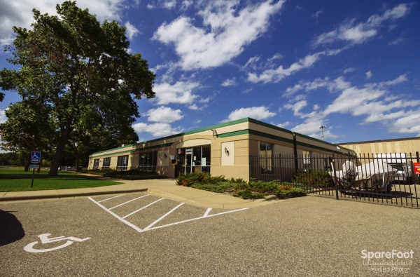 Central Self Storage - Edina - Photo 6