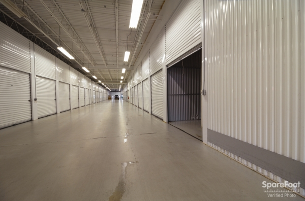 Central Self Storage - Edina - Photo 10