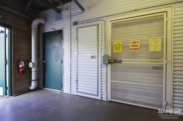 Central Self Storage - Edina - Photo 11