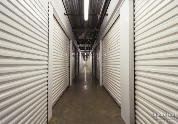 Central Self Storage - Edina - Photo 14