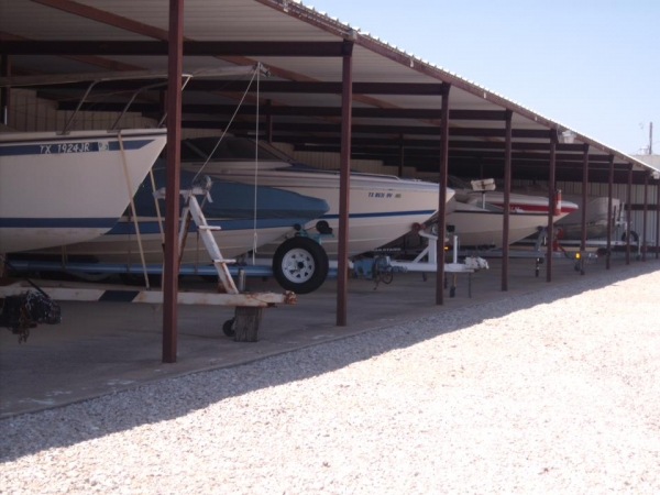 Shoreline Boat, RV & Self-Storage - Photo 4