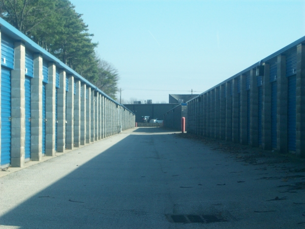 Ameri-Stor Storage of Brownsburg - Photo 3