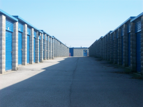 Ameri-Stor Storage of Brownsburg - Photo 4