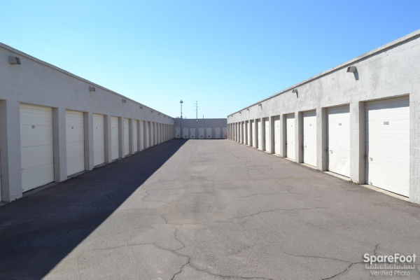 Grand Avenue Mini Storage - Photo 7