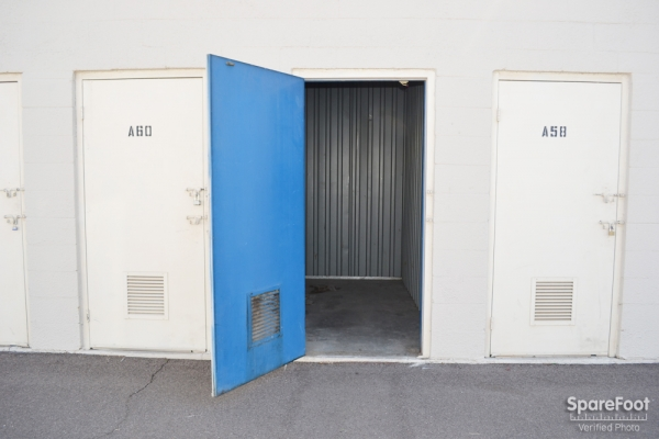 Grand Avenue Mini Storage - Photo 9