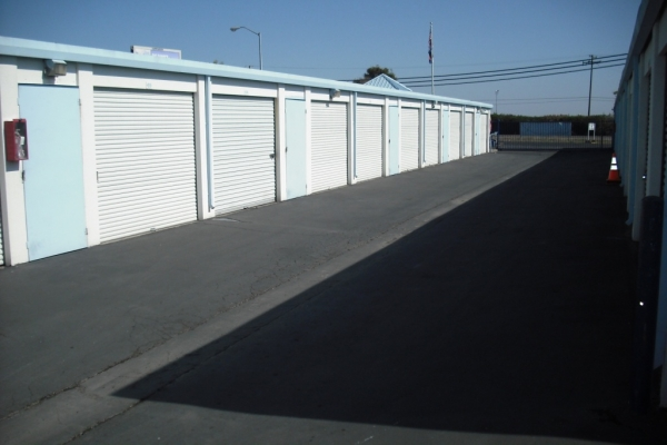 Executive Storage - Photo 9