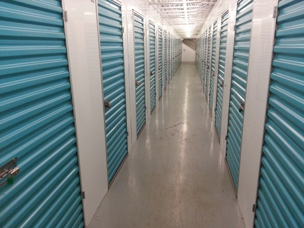 Casey Storage Solutions - Pawtucket - Delta Dr. - Photo 3