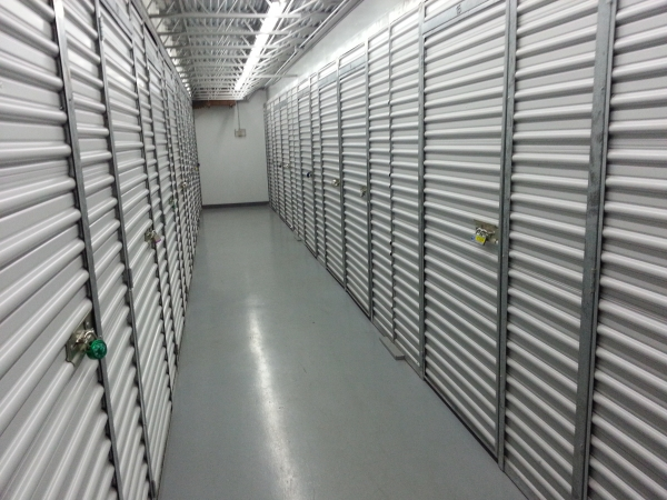 Casey Storage Solutions - Pawtucket - Delta Dr. - Photo 4