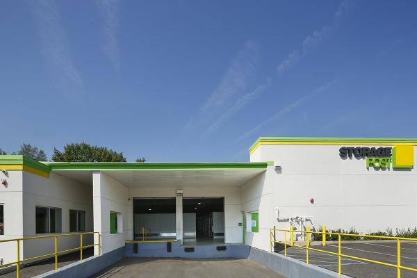 Storage Post Glen Cove - Photo 2