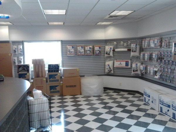 Storage King USA - Lancaster - Photo 4