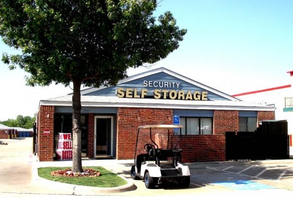Security Self Storage - Plano - Photo 1
