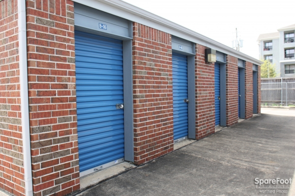 Security Self Storage - South Main - Photo 6