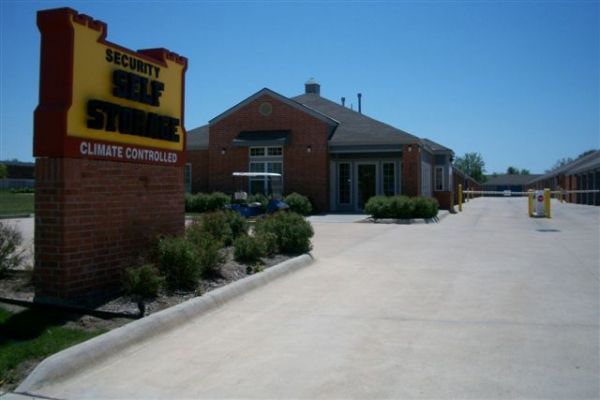 Security Self Storage - Crestview - Photo 4