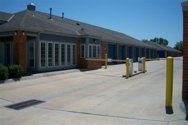 Security Self Storage - Crestview - Photo 5