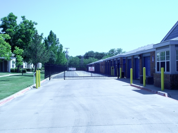 Security Self Storage - Forest & Marsh - Photo 5