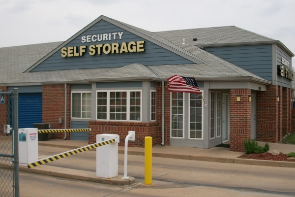 Security Self Storage - Harry - Photo 3