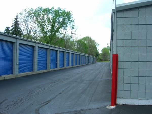 Mini U Storage - Livonia - Photo 4