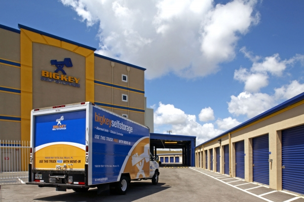 Storage King USA - Miami Florida - Photo 2