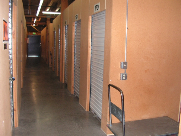 Sunset Highway Self Storage - Photo 8