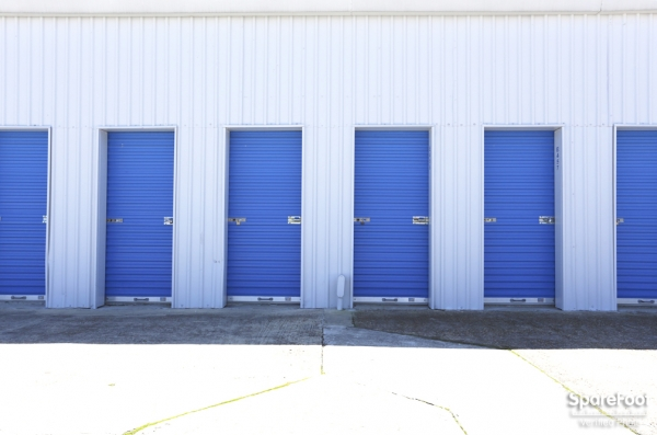 Mr. Self Storage - Photo 10