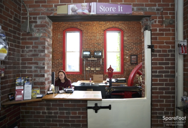 Advantage Self Storage - Salem - Photo 16