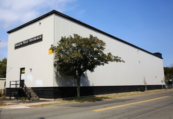 Advantage Self Storage - Salem - Photo 1