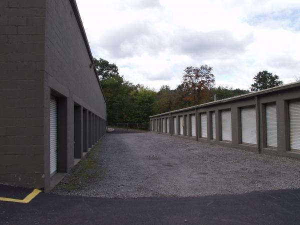 Atlas Self Storage - North Hills - Photo 2