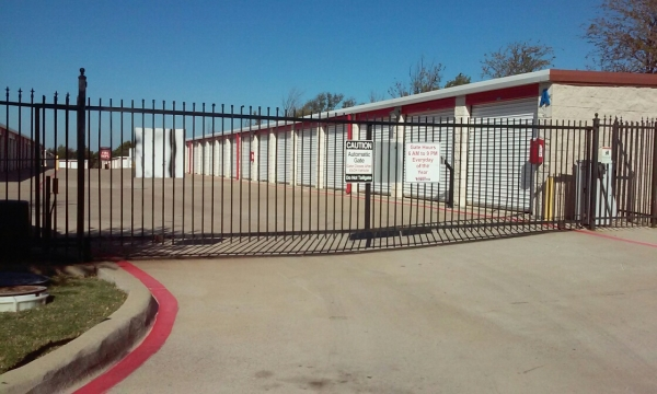 Assured Self Storage - Clark Rd. - Photo 3