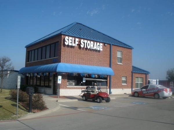 Assured Self Storage - Walton Walker - Photo 1