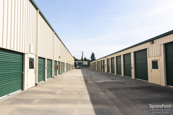Iron Gate Storage - Pearson Airport - Photo 4