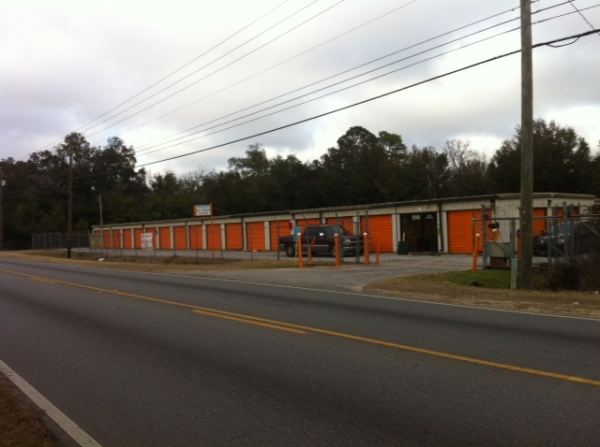 Palafox Self Storage - 7054 North Palafox Street, Pensacola FL 32503 - Road Frontage · Drive-up Units