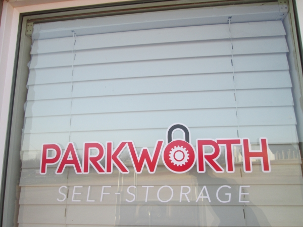 Parkworth Self Storage - 827 North Douglas Boulevard, Midwest City OK 73130 - Storefront