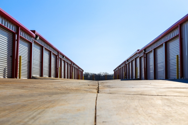 Parkworth Self Storage - Photo 2