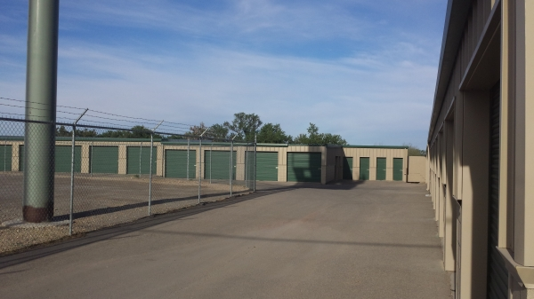 Far West Storage - Doniphan Dr. - Photo 2
